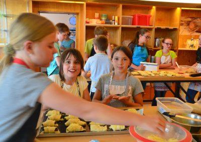Kinderbacken, Ferienprogramm
